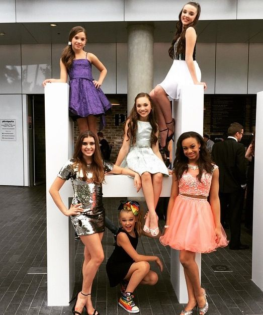 The Girls At The Astra Awards Quot Aldc Australia Tour 2015