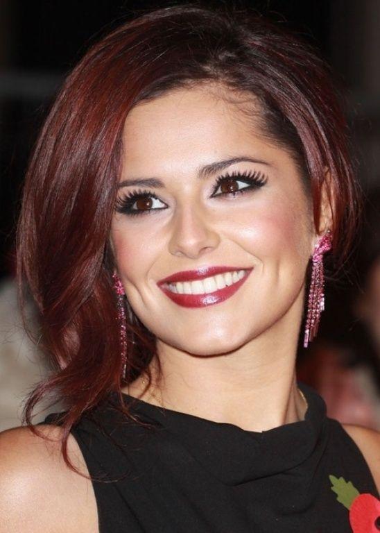 dark red hair with brown eyes | Hair color auburn, Hair ...