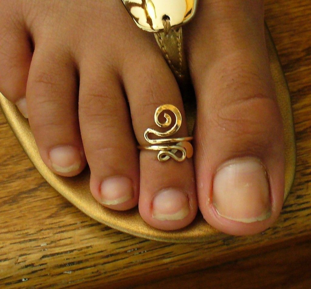 Gold Toe Rings For Women - Images for gold toe rings