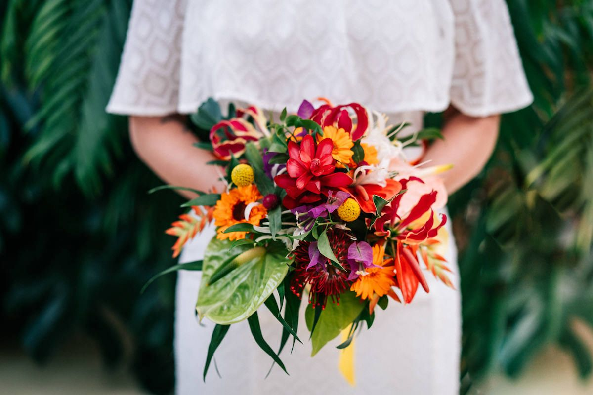 Ideen Fur Eine Tropische Sommerhochzeit Im Botanikum Hochzeitsblog The Little Wedding Corner Tropische Hochzeit Sommerhochzeit Blumen Fur Hochzeit
