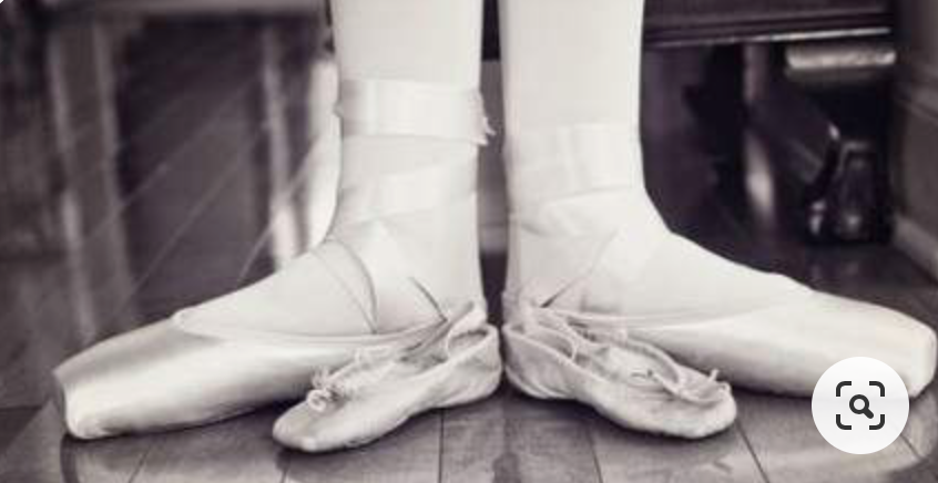Pin By Izzy On Dance Team Stuff In 2020 Pointe Shoes Photography Dancer Photography Dance Photography Poses