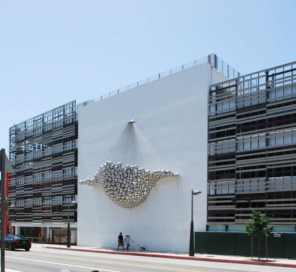 These Innovative Parking Garages Are Anything But: Santa Monica Parking Garages / Brooks + Scarpa