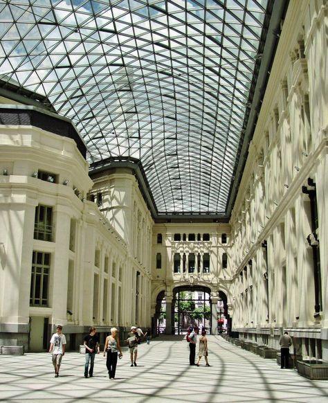 Galería De Cristal Del Palacio De Cibeles En Madrid Madrid