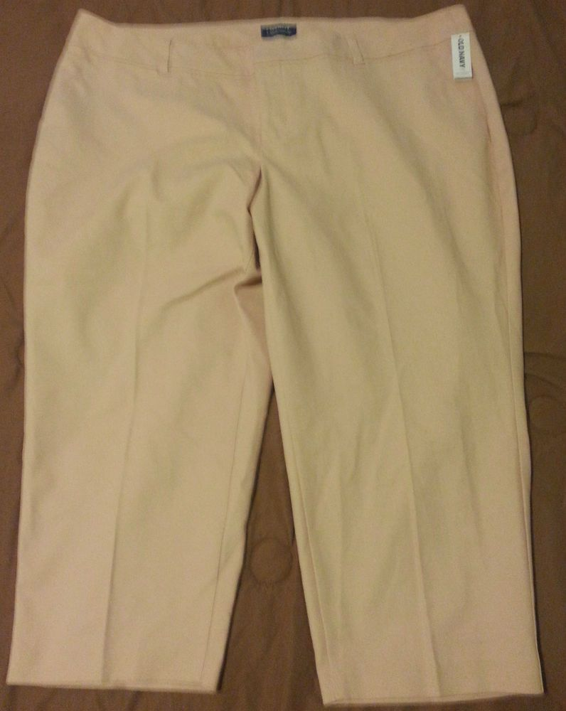 3de95d286b28b Check out NWT Old Navy Harper cropped pants plus size 24 short  OldNavy   CaprisCropped