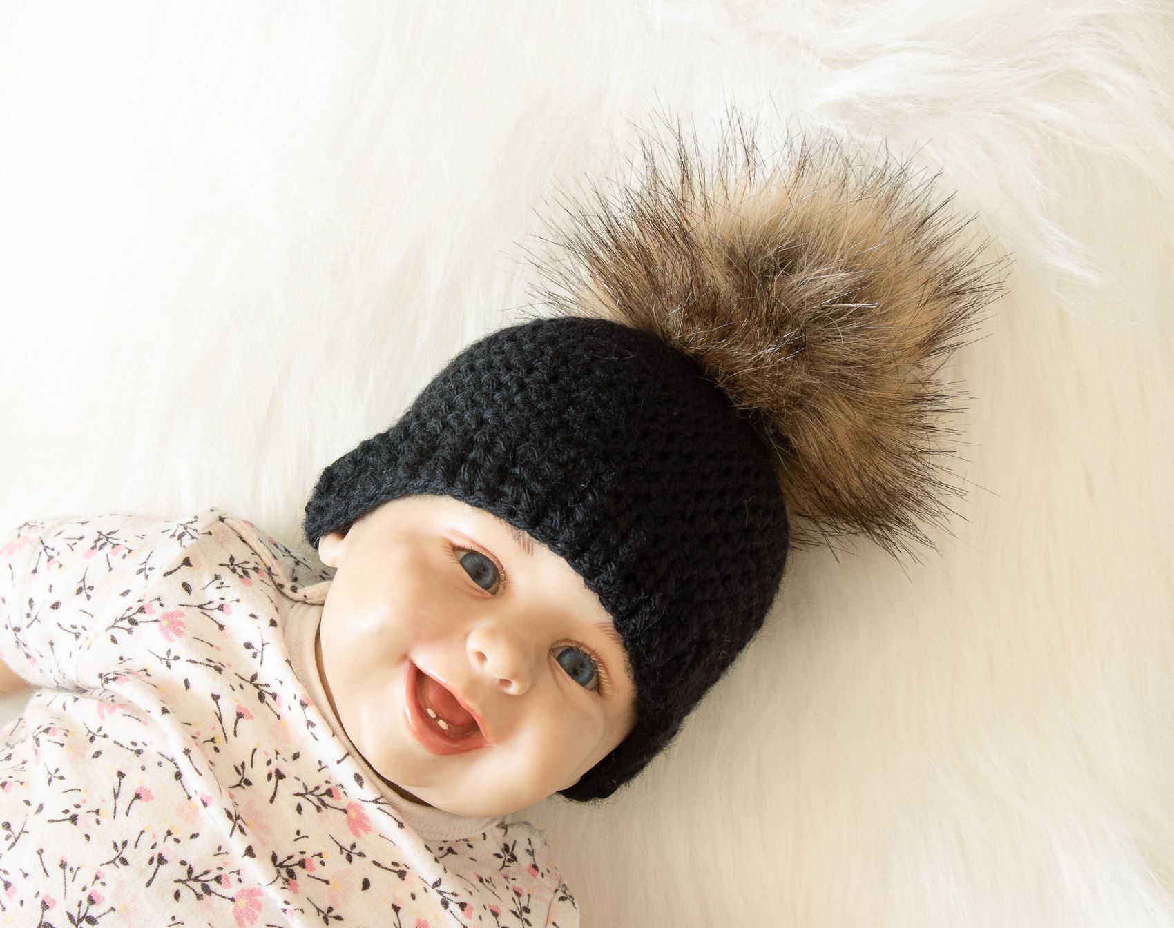 Photo Prop Toddler beanie Girls winter hat Winter hat Pom Pom Beanie Christmas gift Baby shower gift Double Pom Pom hat Pom Pom hat