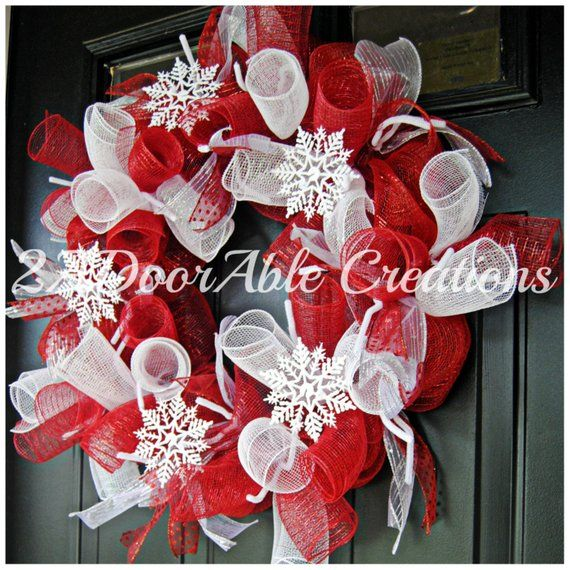 Red and White Christmas Wreath christmas Pinterest Christmas