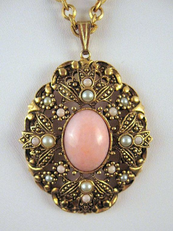 Avon Pink Peking Glass Faux Pearls Necklace Oval Gold,tone