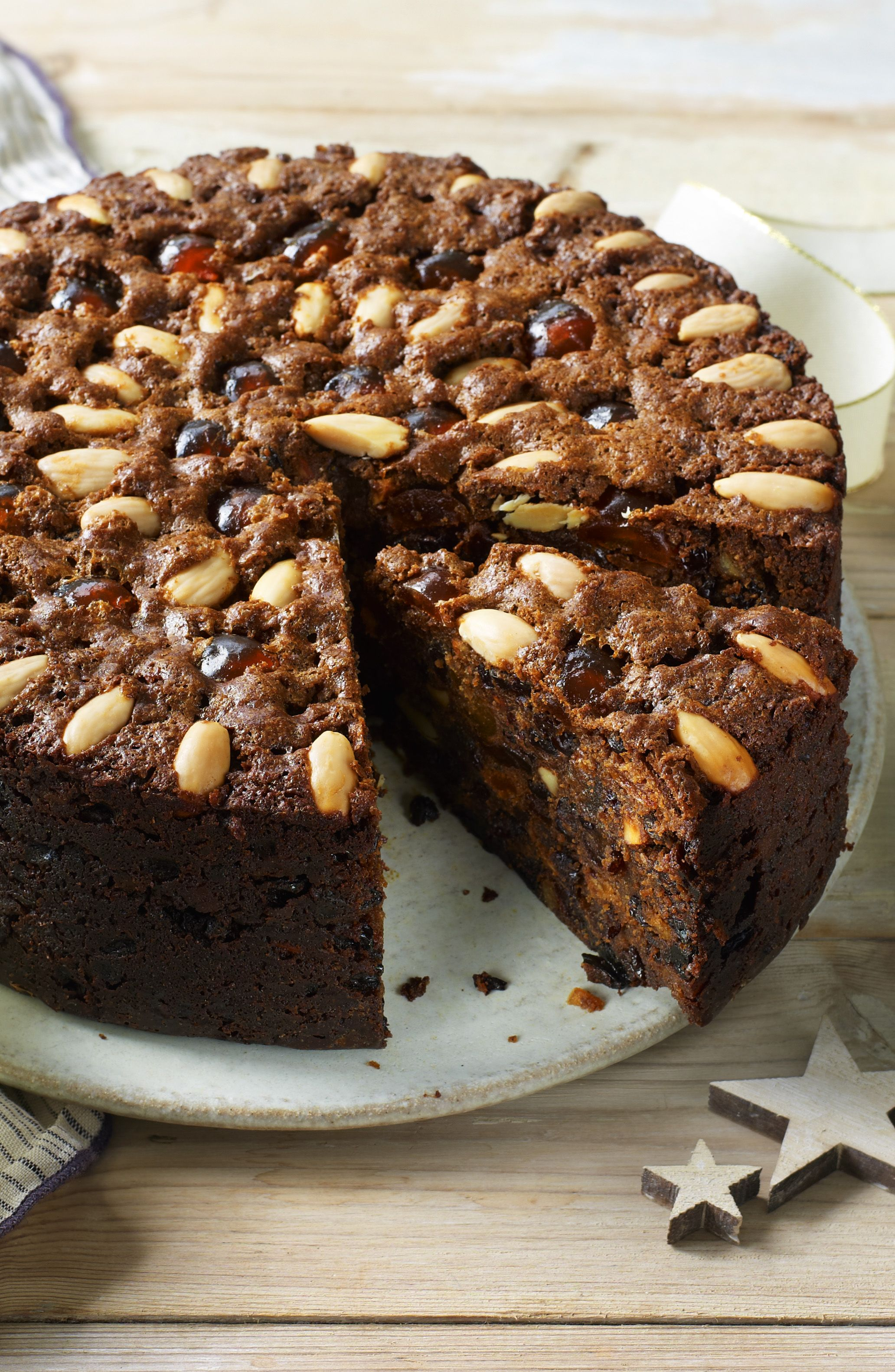 Mary Berry S Classic Fruit Cake Recipe In 2019 Christmas Cake
