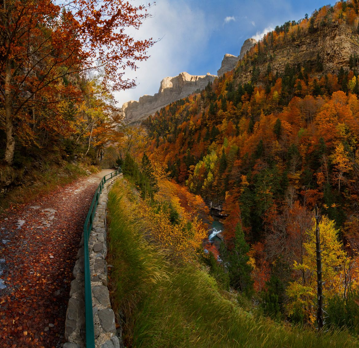Amazing Places To Go Europe: Autumn In Ordesa National Park, Pyrenees, Huesca (Spain
