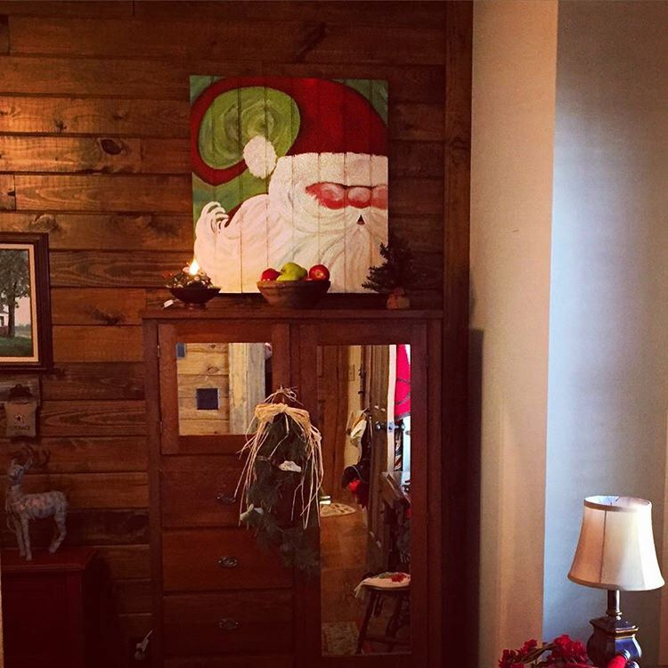 Another custom Santa pallet in his new happy home. ❤️ Pallets repurposed into art. Follow HooNew on Facebook, Instagram, HooNewChatt on  Snapchat & Twitter