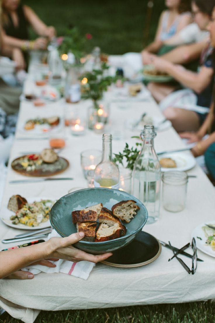 Idées Repas De Fête Entre Amis diner dans les champs #mapauseentrecopines   brunch en 2019