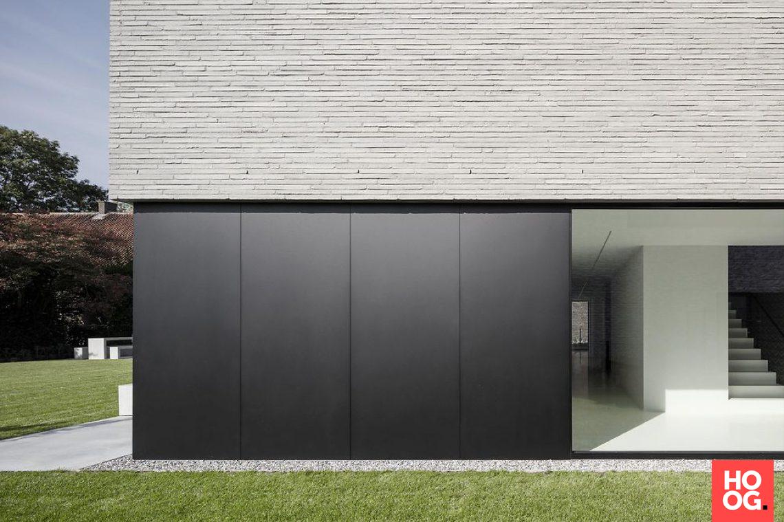 House M Moderne architectuur woning, Huis buitenkant
