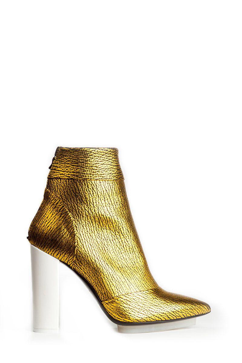 ZsaZsa Bellagio   Womens fashion shoes, Shoe worship, Style