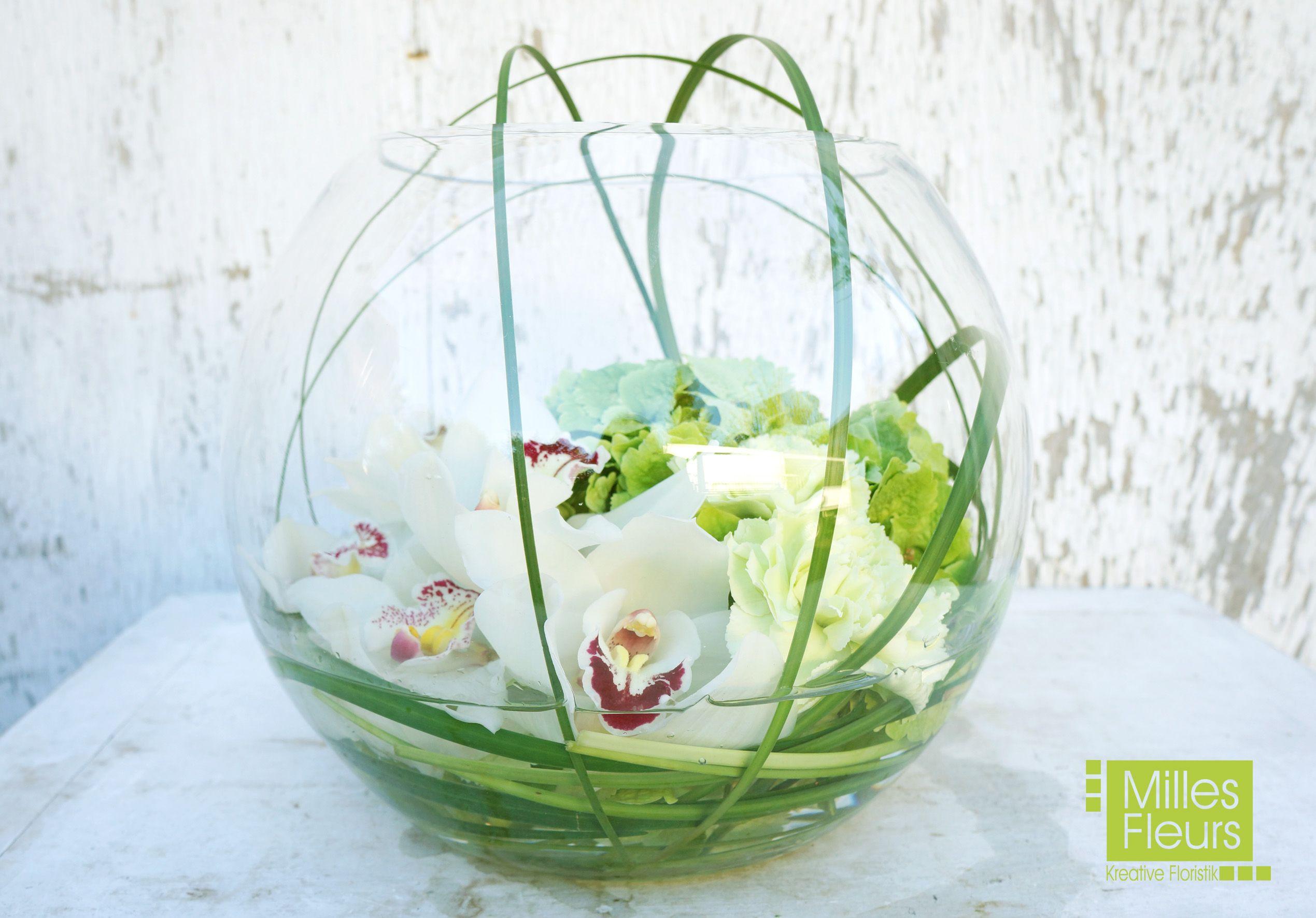 Counter Dekoration Orchideen Cymbidien Kugelvase Glas Milles
