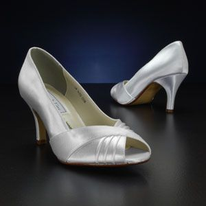 Nona-835W by Touch Ups | Ivory bridal shoes, Ivory wedding ...