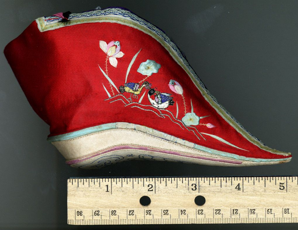 Lotus Shoes For Bound Feet Qing Dynasty Asia Costumes