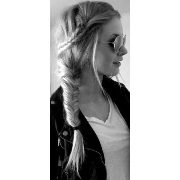 Anche se nessuno ti ama, troverai sempre qualcuno disposto a tagliarti... ❤ liked on Polyvore
