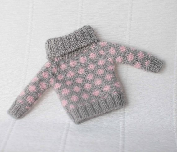 Grey pink jacquard sweater for Blythe doll, 1/6 scale doll, Grey red ...