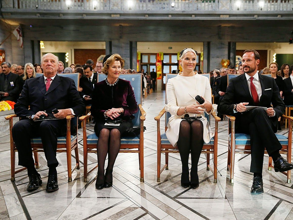 Queens & Princesses: Ceremony of the Nobel Peace Prize in Oslo