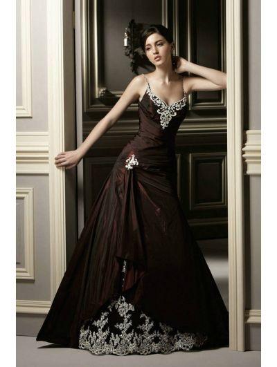 c14102df87f Red Lace Applique Gothic Wedding Dress - Devilnight.co.uk