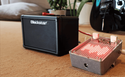 The Arduino Audio Meter is a programmable 'guitar pedal' #guitarpedals The Arduino Audio Meter is a programmable 'guitar pedal' #guitarpedals
