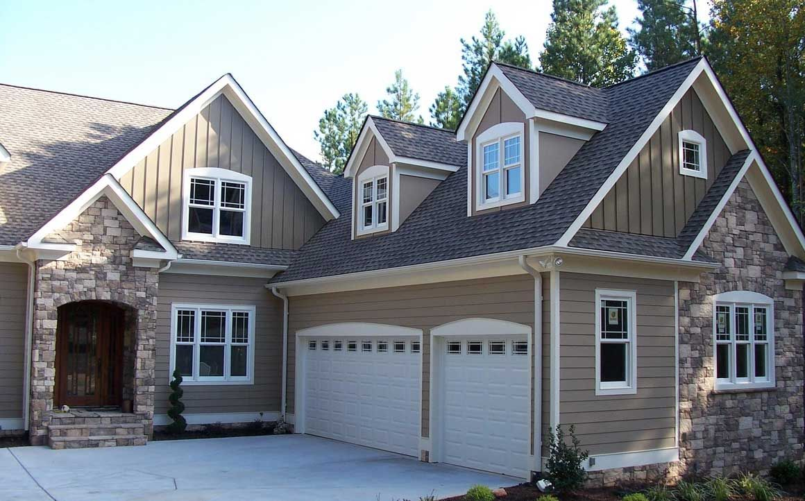 Best Beige Matching Stone Gray Roof House Paint Exterior 400 x 300