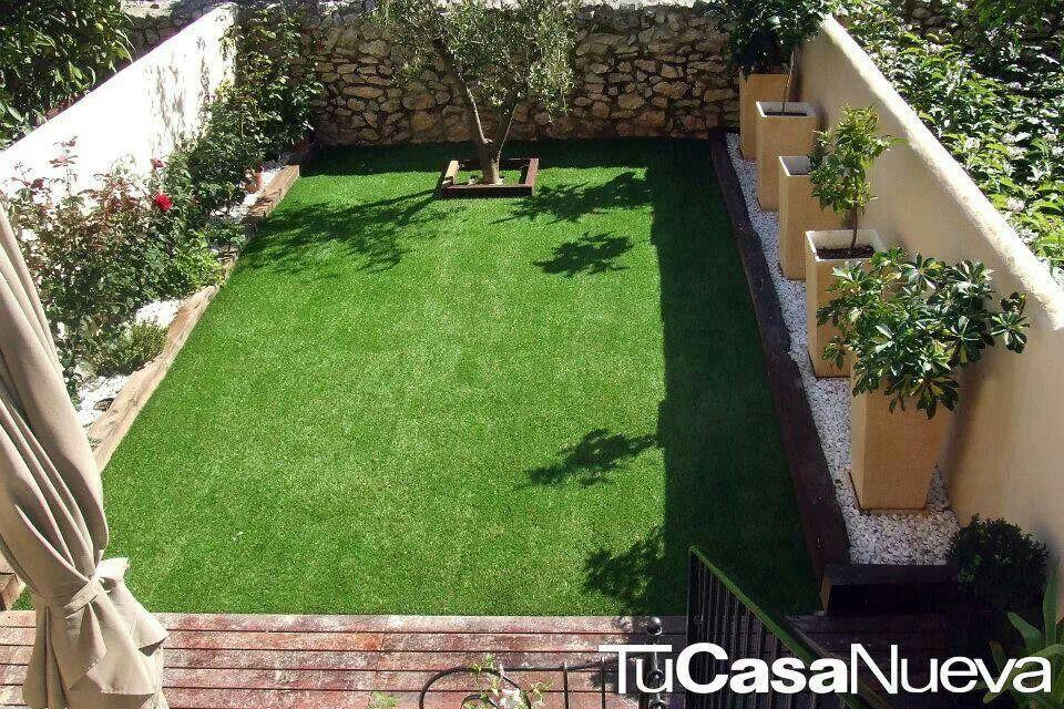 Jardin peque o jardin pinterest jardines peque os for Decoracion espacios chicos