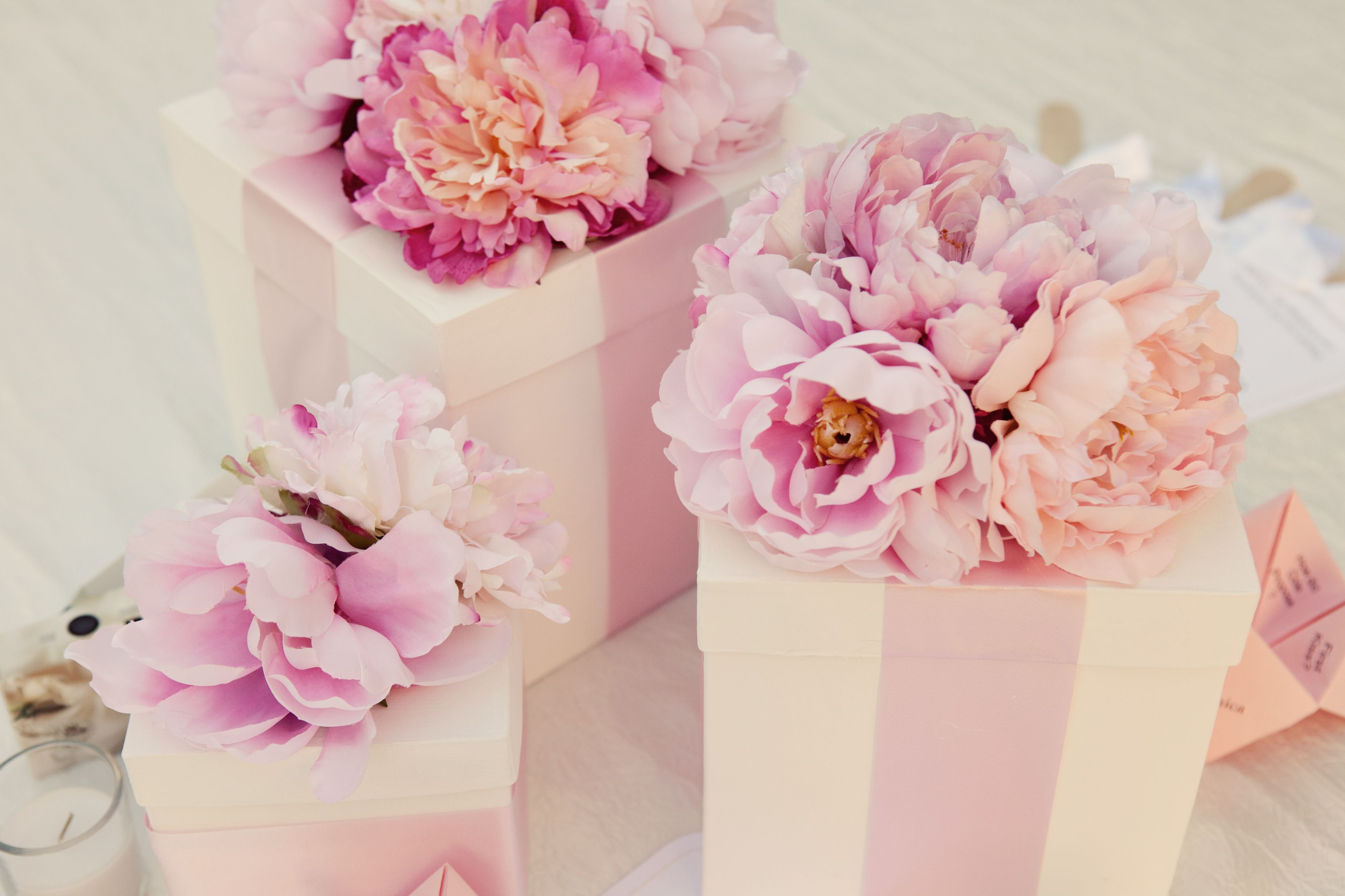 Flowers For Your Guests Flower Boxes Silk Flowers Centerpieces