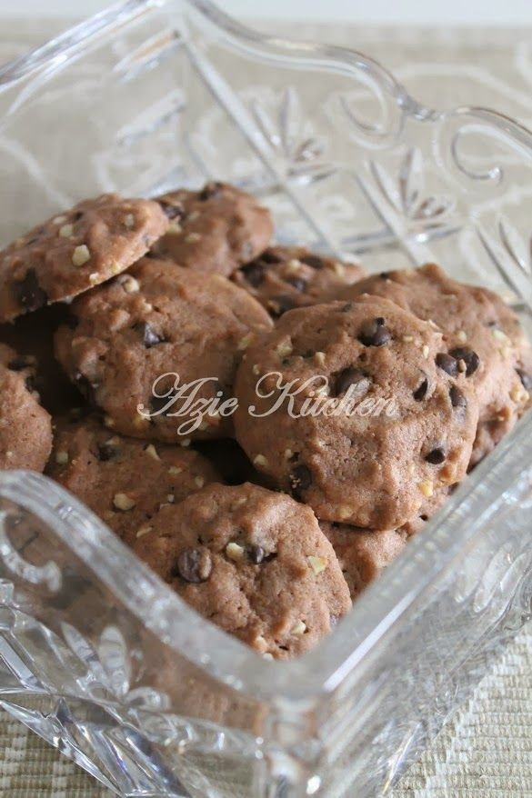 Azie Kitchen Biskut Famous Amos Yang Sangat Sedap Famous Amos Cookies Butter Cookies Recipe Chocolate Cookie Recipes
