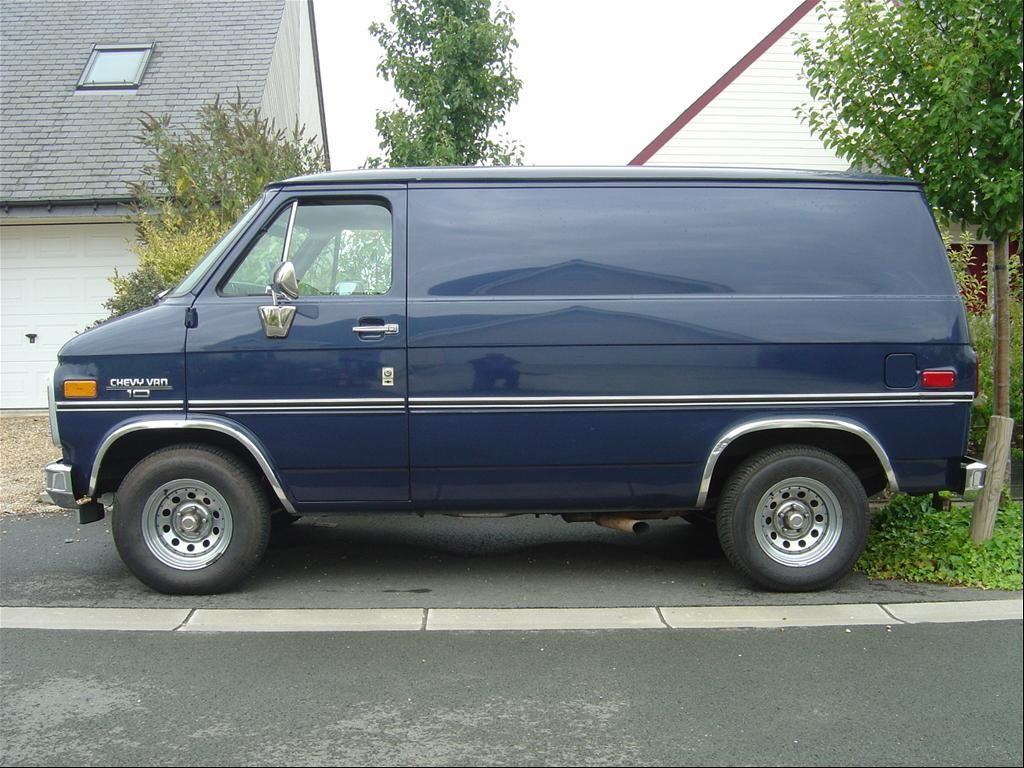 DanBlueShorty's 1989 Chevrolet Van | Vans | Chevrolet van