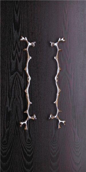Coral - Cast aluminium sculptural handle - Philip Watts Design