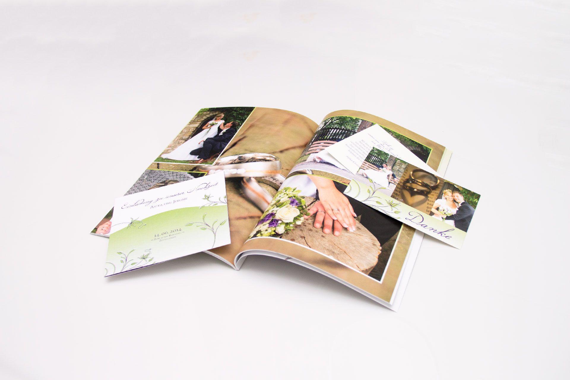 Einadlungskarte, Dankeskarte und Fotobuch gibt es auch als günstiges Paketangebot für eure Vintage Hochzeit.