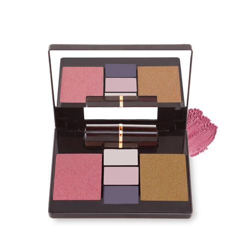 Our Madly in Love collection is perfect for couples who've been together for quite some time. It features a unique twist to the smoky eye that will certainly spice up any date night!