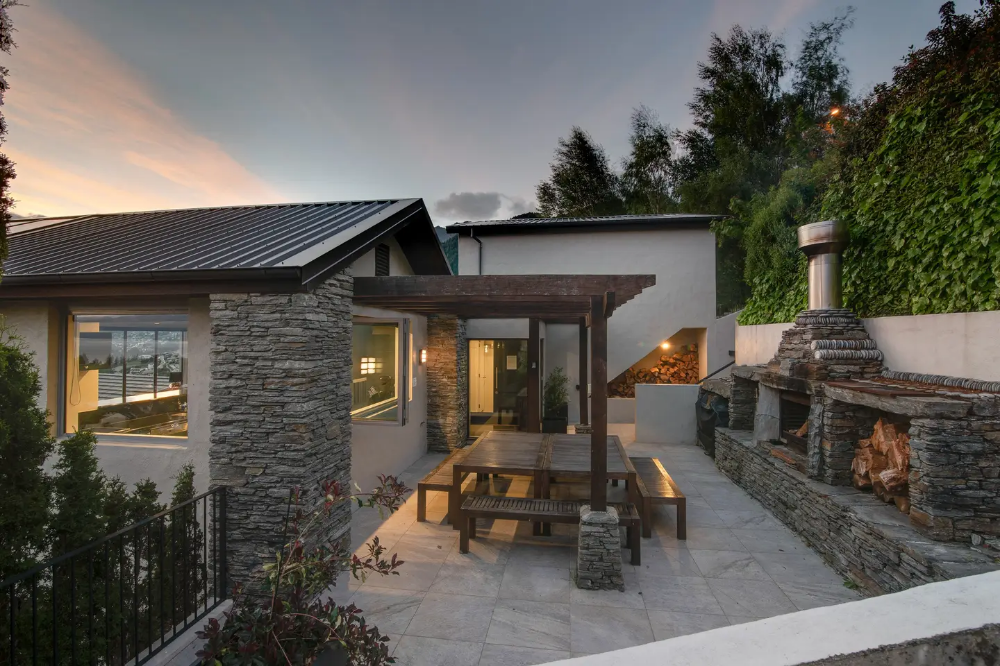 Limerick Lane Houses for Rent in Queenstown (With images