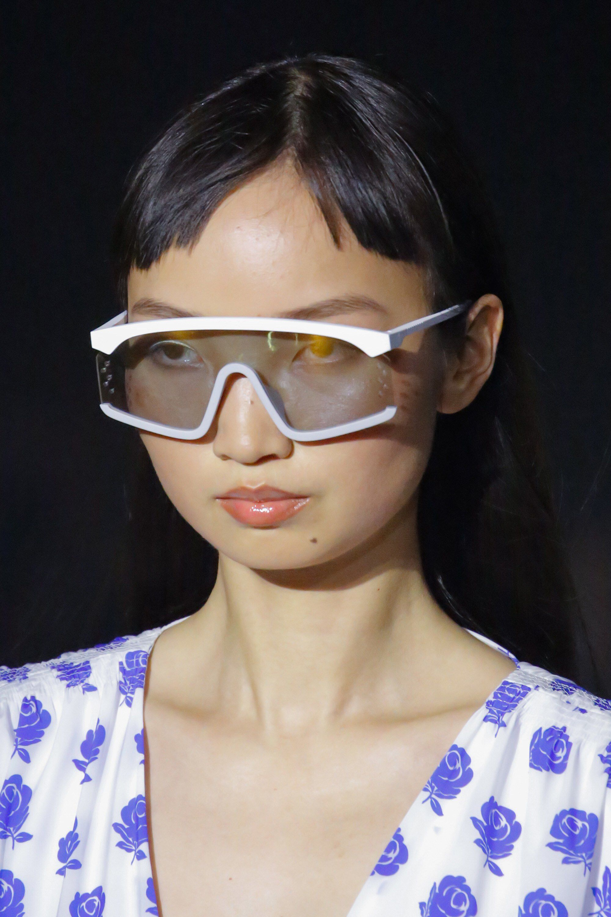 a4965c3e625b9 Kenzo Spring 2019 Ready-to-Wear Fashion Show Details  See detail photos for  Kenzo Spring 2019 Ready-to-Wear collection. Look 35