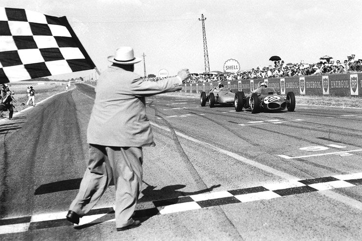 1961 Giancarlo Baghetti wins on his world championship debut in the French GP