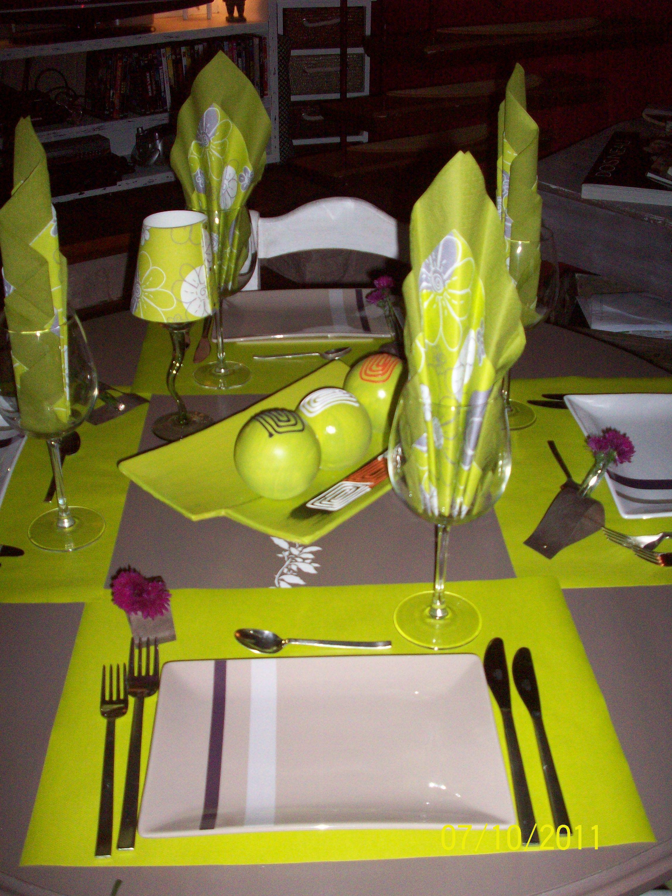 Diner entre amis... (avec images)   Diner entre amis, Deco table, Diner