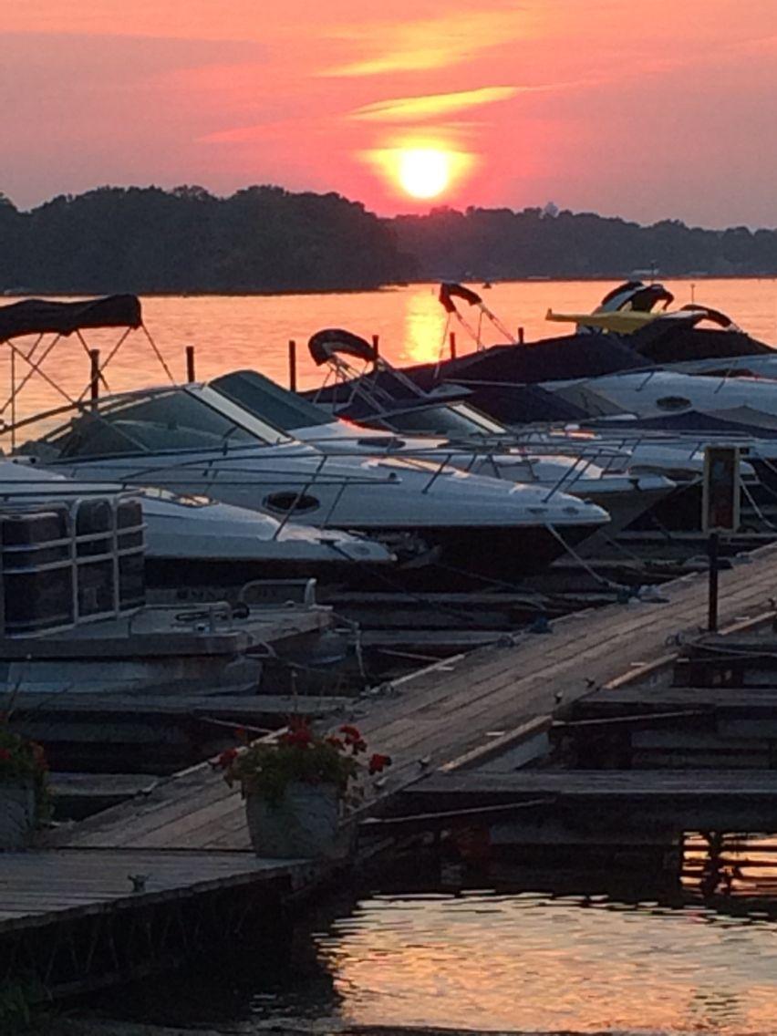 June 8 2015 lake sunset at rockvam boat