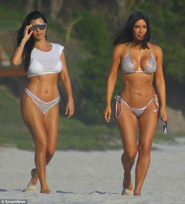 Kourtney Kardashian Body 8d5d0a2bb