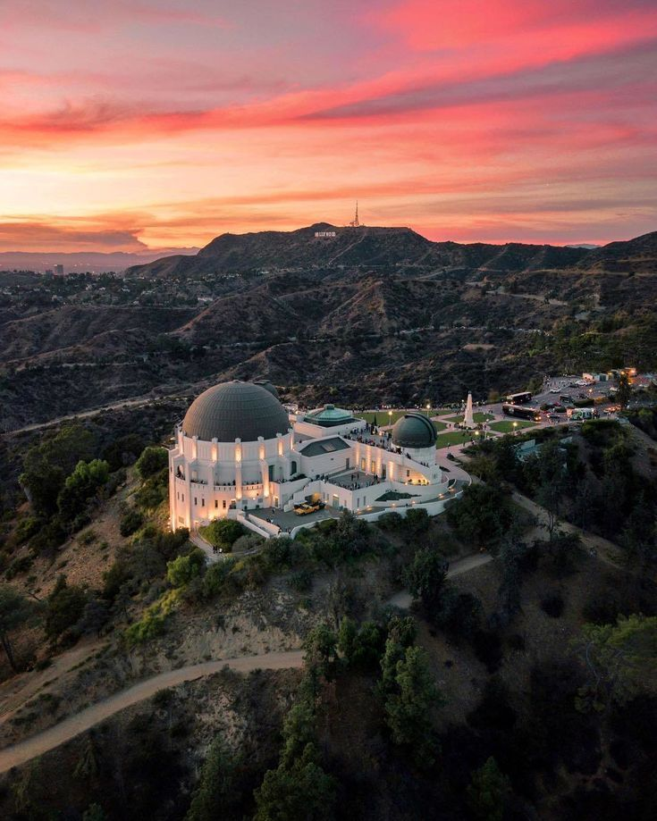 Discover Los Angeles On Instagram Tommylundberg The Griffith Observatory Is One Of L A S Los Angeles Travel Los Angeles Photography Visit Los Angeles