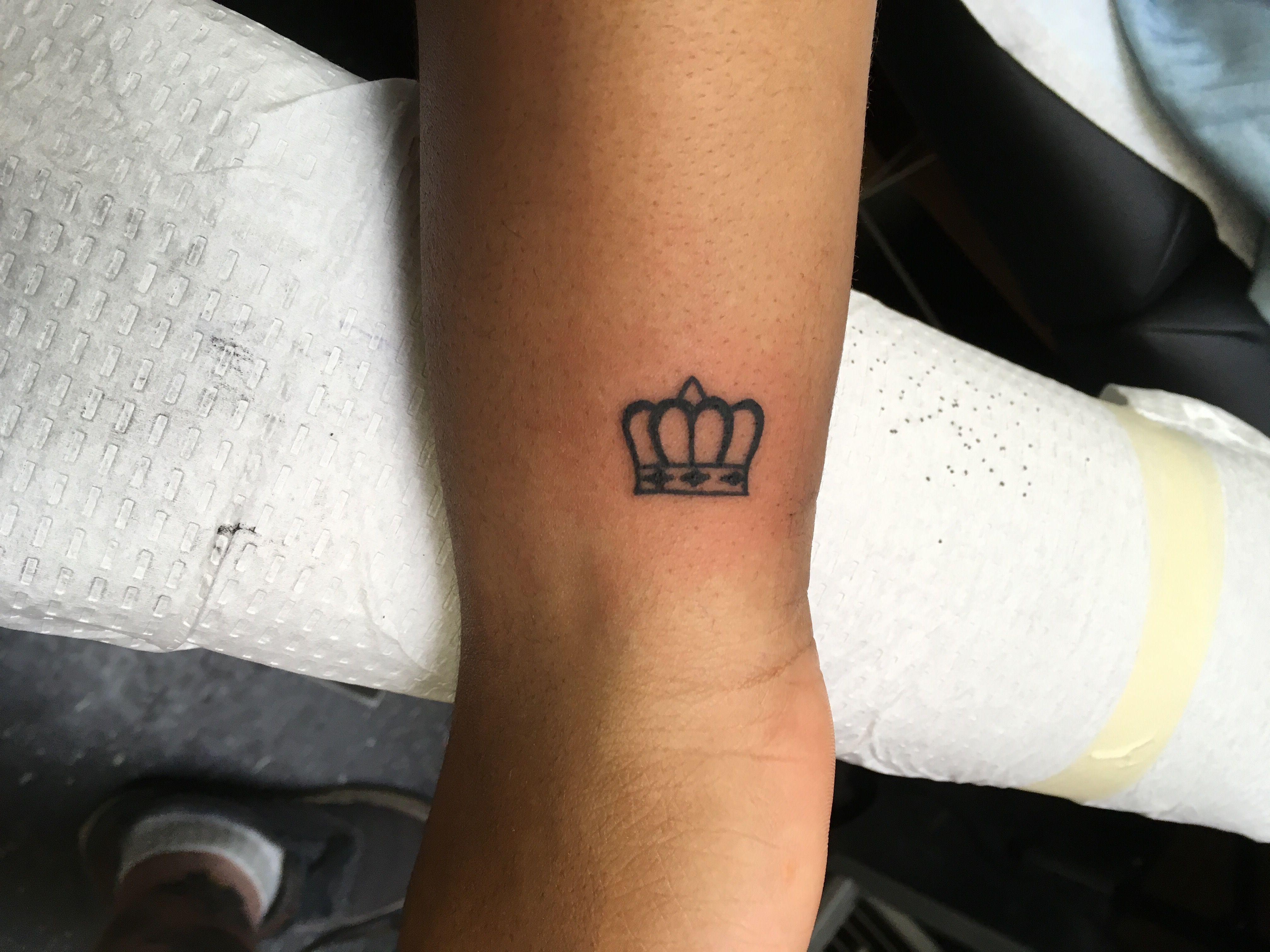 Crown Tattoo Simple Tattoo Small Crown Tattoo Wrist Tattoo Small Crown Tattoo Crown Tattoo On Wrist Crown Tattoo