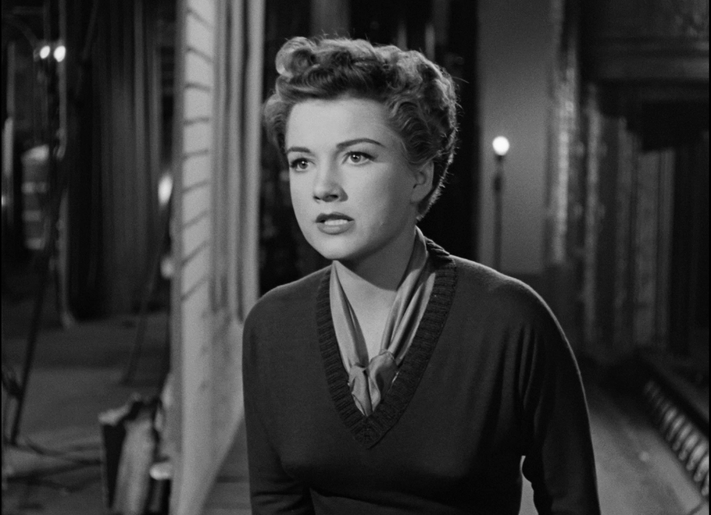 42 Screen Captures From Criterion S All About Eve Blu Ray Dvdbeaver On Patreon All About Eve Blu Ray Blu