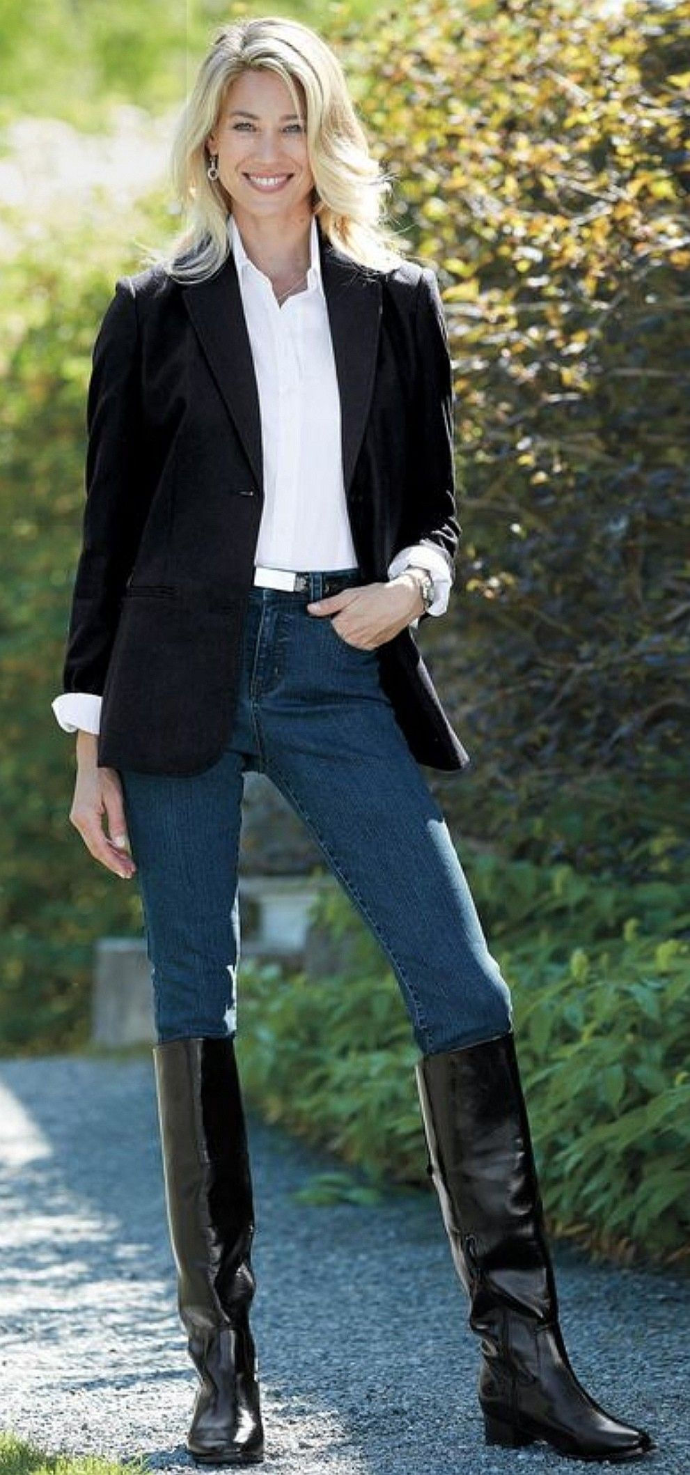 Black Zippered Leather Riding Boots Jeans Outfit Black Boots Outfit Black Riding Boots Outfit Riding Boots Outfit Winter [ 2117 x 991 Pixel ]