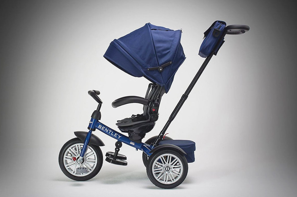 A Bentley 6 in 1 limitededition stroller that grows with
