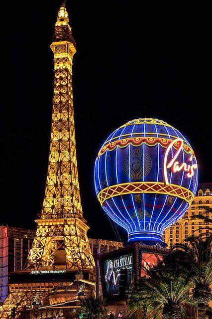 Eiffel Tower Replica At The Paris Hotel Las Vegas Paris Hotel