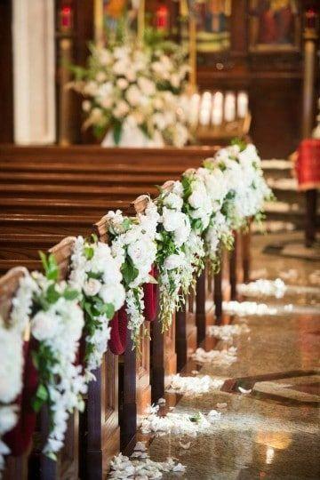 Bonitos arreglos de flores para boda en iglesia Arreglos florales