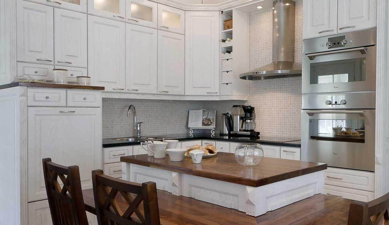Talonpoikaistyylinen keittiö syntyy koristeellisista ja