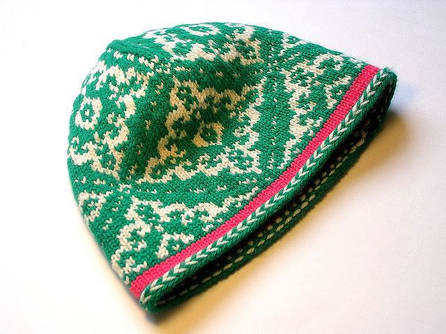 The Inga hat free pattern | I just love this colourwork, especially ...