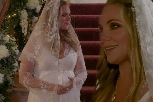 Ronnie Mitchell S Bridal Gown Takes Centre Stage After She Drowns At