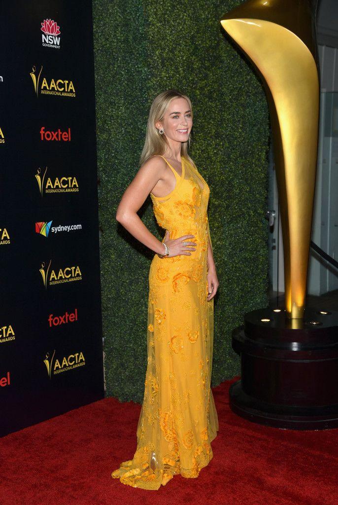 Emily Blunt Photostream | Nice dresses, Emily blunt, Fashion